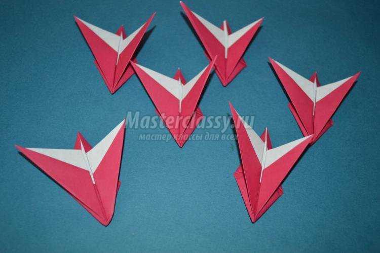 Для сборки оригами цветка нам