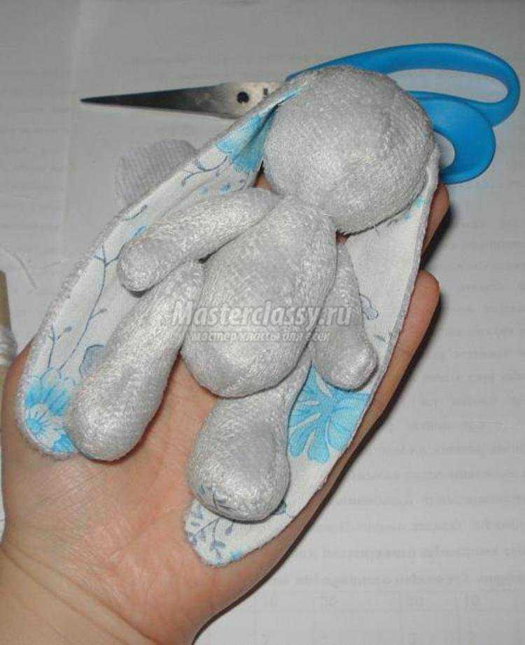 Сделать плюшевого зайца своими руками 43