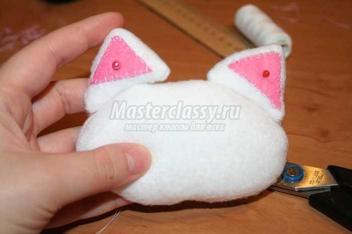 Веселый котик из флиса. Мастер класс с пошаговыми фото