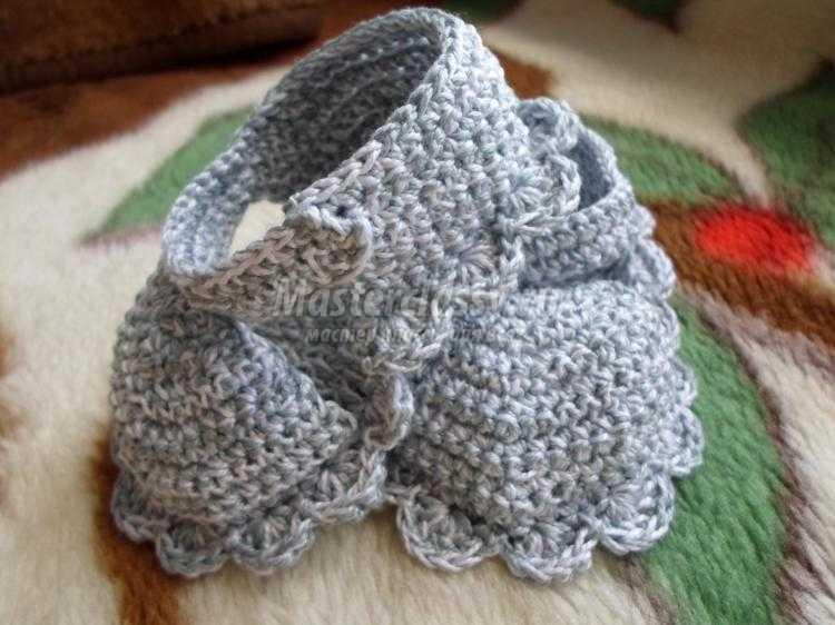 Вязание крючком. Летние пинетки для малыша. Мастер-класс с пошаговыми