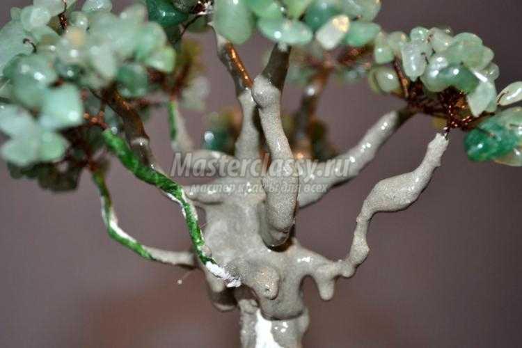 деревья из натуральных камней. Нефритовый дуб