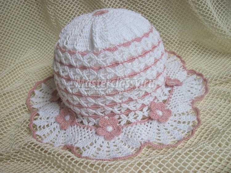 вязание крючком. Летняя шапочка для девочки с цветами