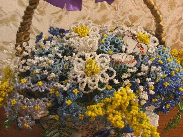цветы из бисера. Летнее чудо