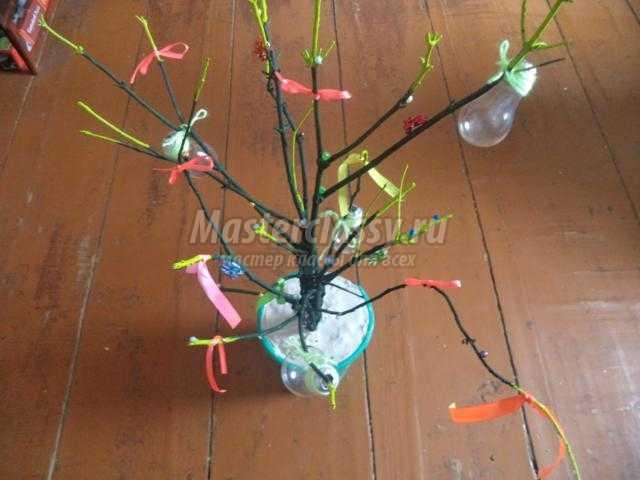 чудо-дерево из лампочек своими руками