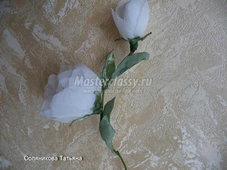 цветы из тонкой ткани своими руками. Пионы