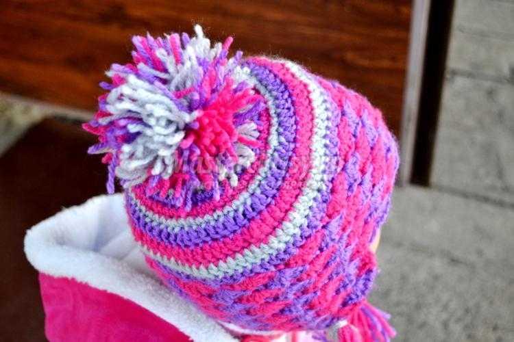 Вязание крючком осенние шапки для девочки 22