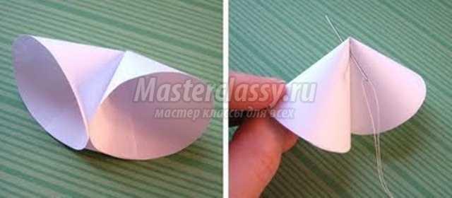 Новогодний шарик из цветной бумаги своими руками