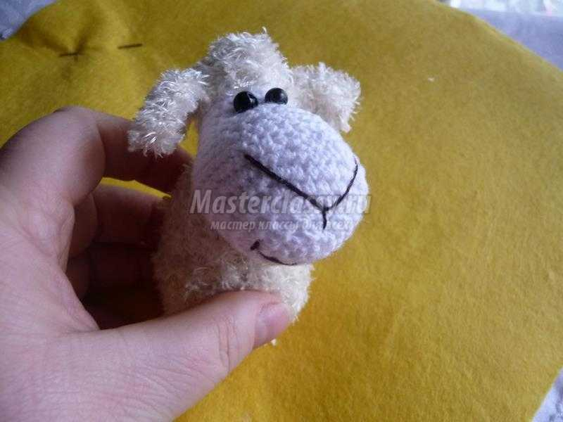 весёлая овечка