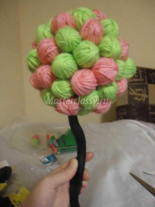 Дерево из клубочков своими руками 59