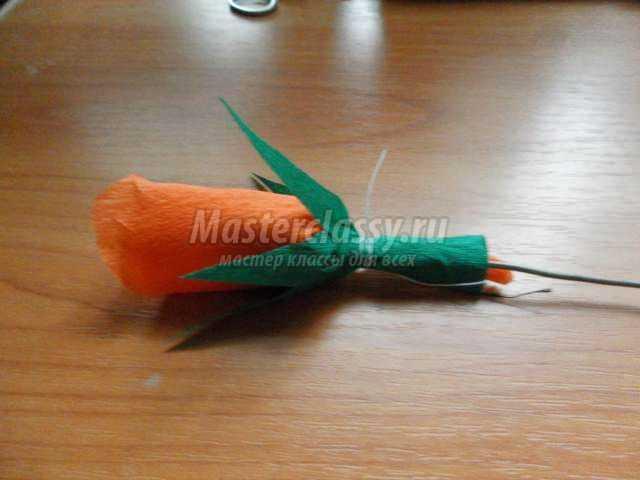 цветы из креповой бумаги с сюрпризом