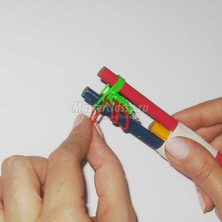 браслет из резинок для начинающих мастериц