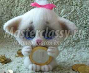 Сухое валяние котика с монеткой