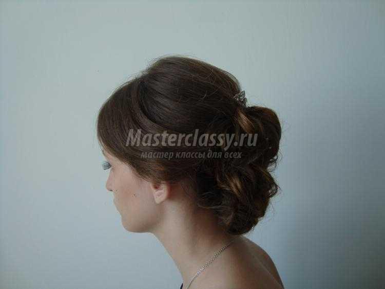 Прическа на выпускной на волосы средней длины пошагово с