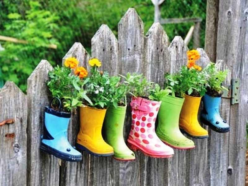 Как сделать украшение сада своими руками фото