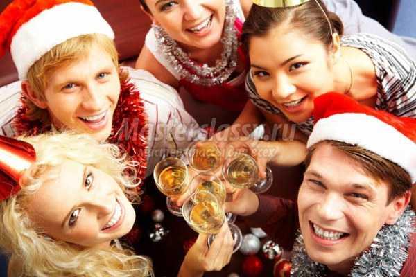 В чем отмечать новый год в год петуха
