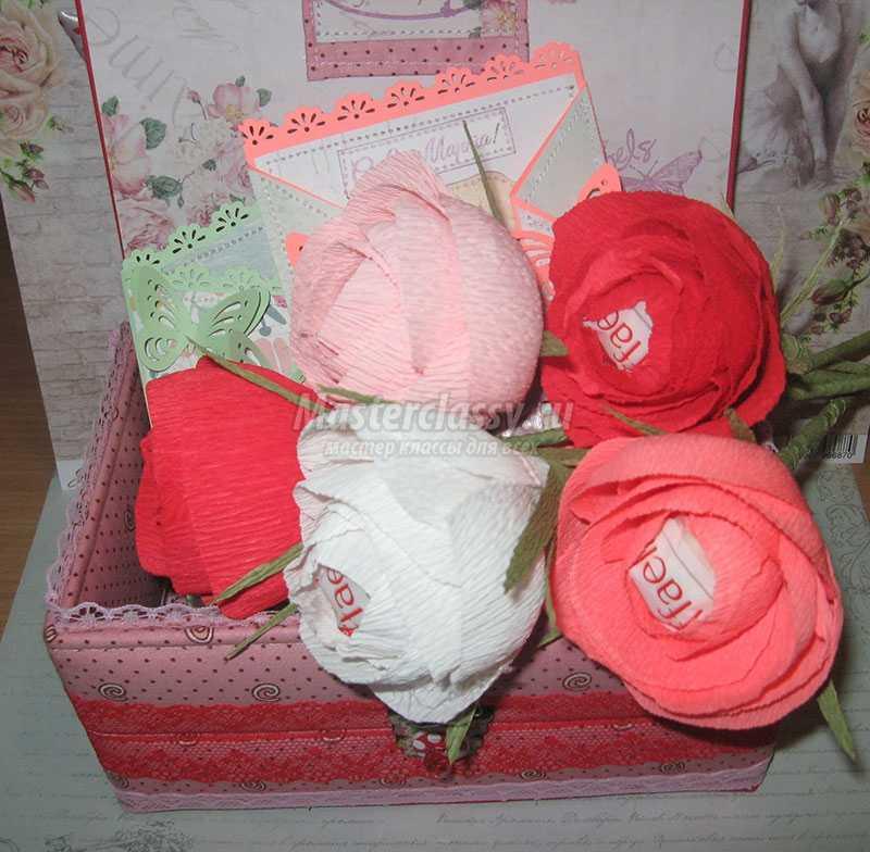 Розы с бумаги с конфетами своими руками 1