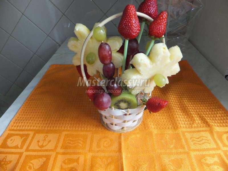 Букеты из фруктов своими руками для начинающих фото 86