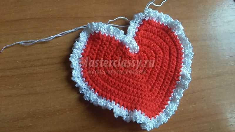 Вязанное сердце крючком к 14 февраля