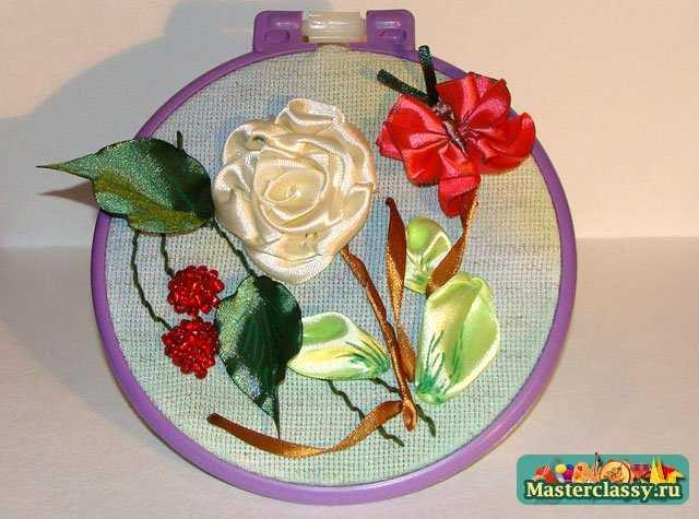 Вышивка роза композиция