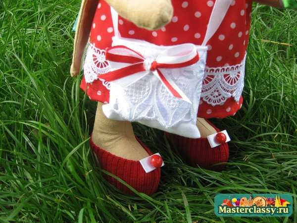 Тильды. Кролик в красном