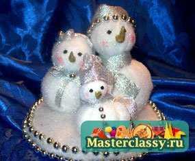 1320464370_1 Снеговик своими руками на Новый год из подручных материалов