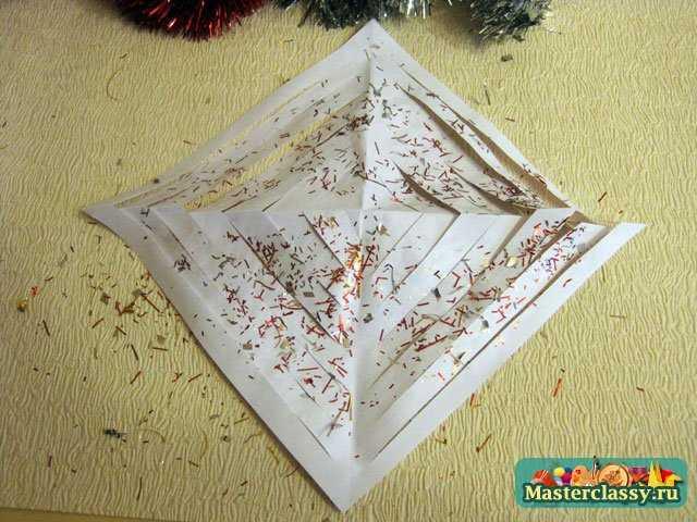 Объёмная снежинка из бумаги. Мастер класс