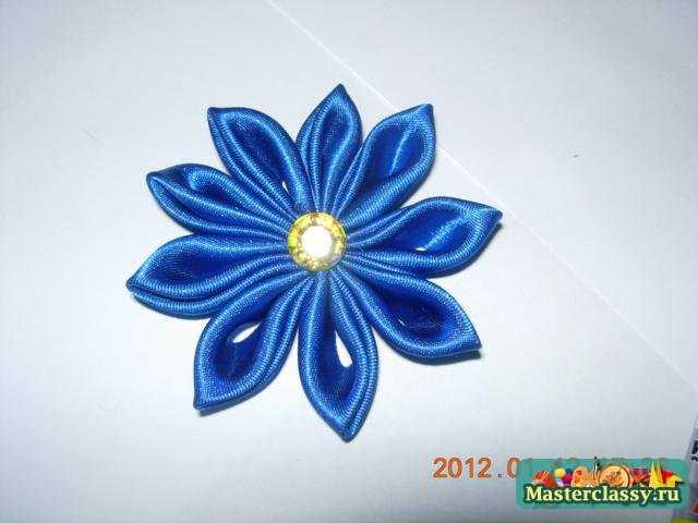 Фото цветка канзаши синего 36