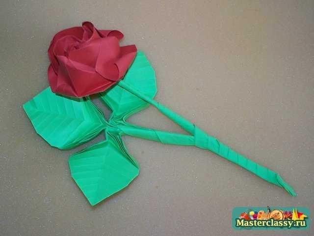 Тройной лист оригами для розы