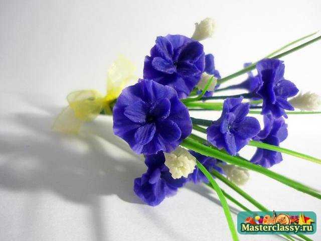 цветы из холодного фарфора васильки