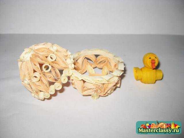 Пасхальное яйцо с цыпленком. Мастер класс по квиллингу
