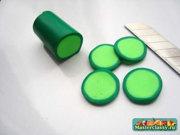 серьги киви ручной работы из пластики