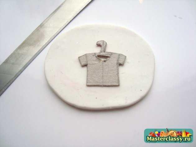 авторские серьги футболки пластика