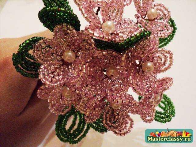 Цветы из бисера Фиалка Мастер класс
