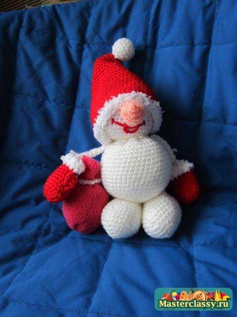 Снеговик своими руками. Мастер класс с фото по вязанию