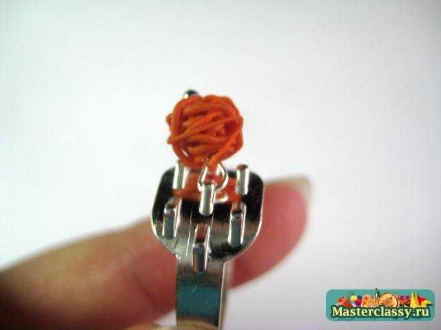 Кольцо из пластики. Мастер класс с пошаговыми фото Клубочки паутины