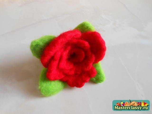 Роза из шерсти в технике сухого валяния. МК