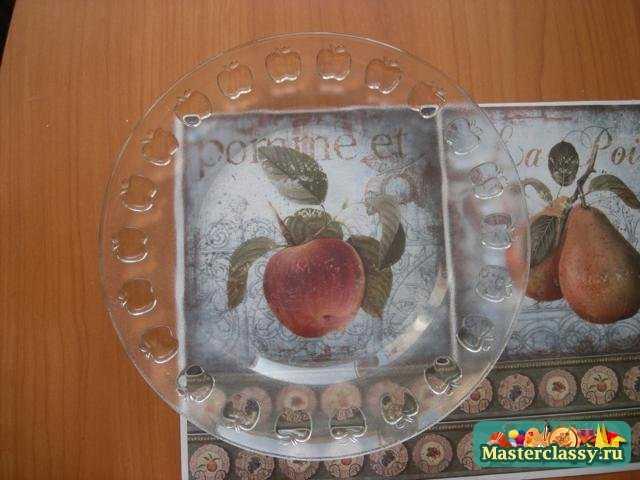 Обратный декупаж тарелки с одношаговым кракелюром. Мастер класс с пошаговыми фото