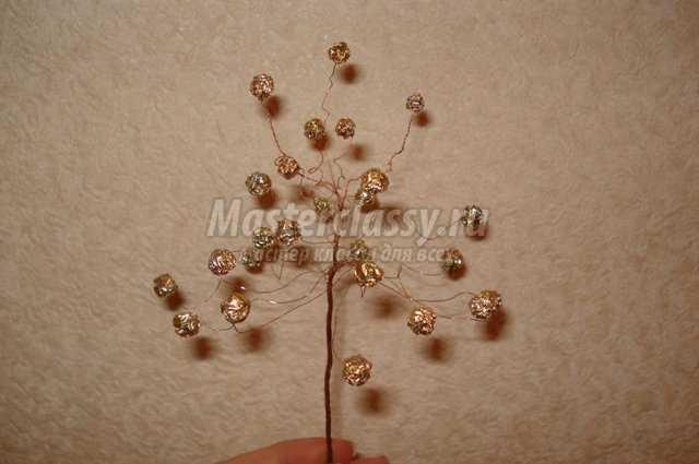 Поделки из фольги. Дерево счастья. Мастер класс с пошаговыми фото.