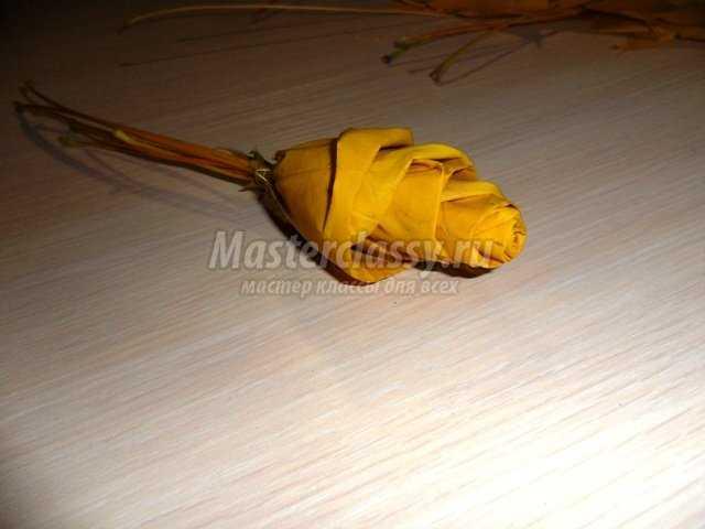 Осенние поделки. Букет из листьев «Желтые розы». Мастер класс с пошаговыми фото