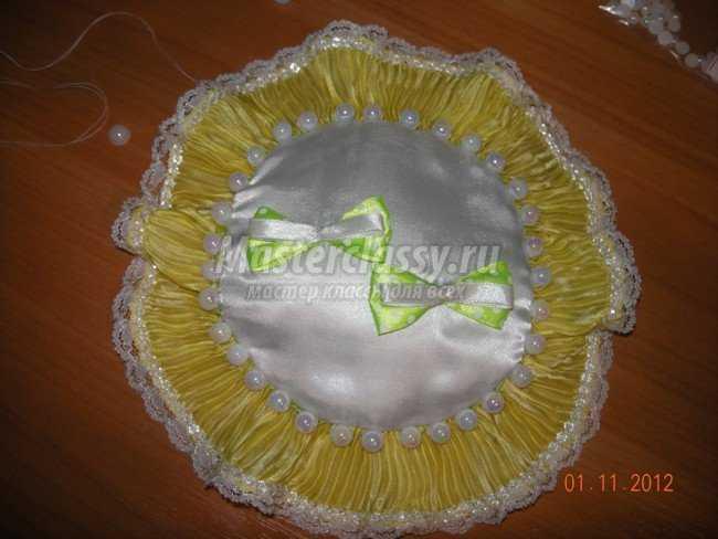 Свадебная подушечка для колец в стиле Ретро