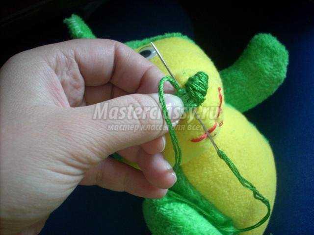 новогодняя игрушка Дракончик. Мастер класс с пошаговым фото