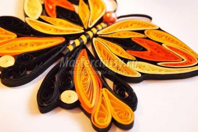 Бабочка из бумаги в технике квиллинг