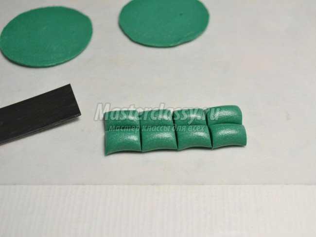 Сережки из полимерной глины. Горошины