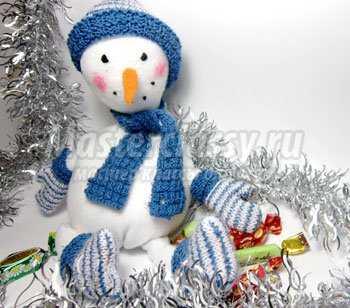 1353833764_1 Снеговик своими руками на Новый год из подручных материалов