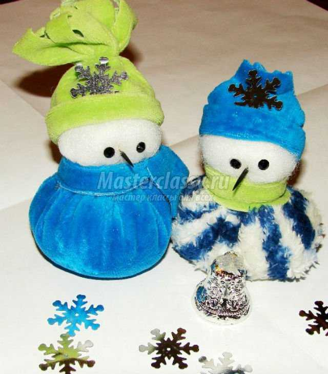 снеговички под елку своими руками