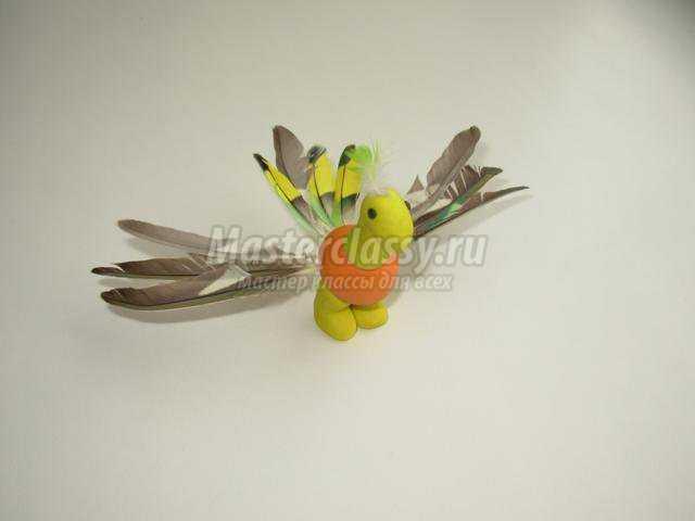 птичка из пластилина своими руками