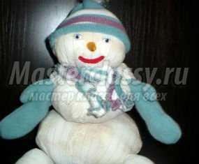 1357203209_anons Снеговик своими руками на Новый год из подручных материалов