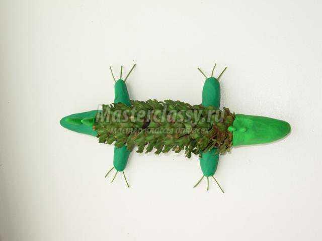 поделки из природных материалов. Крокодил