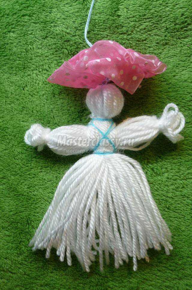 новогодние куклы из шерстяных ниток