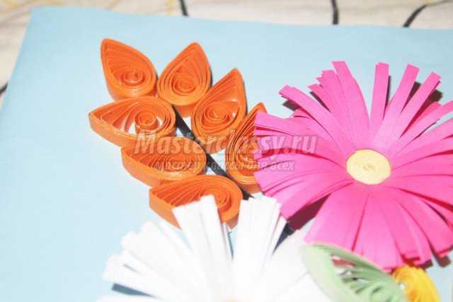 Квиллинг картина. Цветочный палисадник